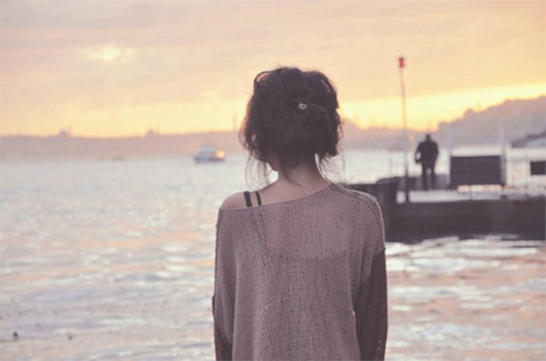 [VÍDEO] Por que as Revistas Femininas Têm Ajudado a Criar Uma Geração de Mulheres Destinadas a Ficarem Sozinhas?